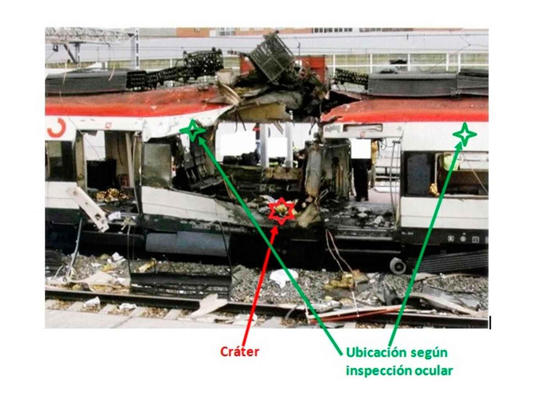 Las dos posibles ubicaciones de la bomba, según la inspección ocular, y el lugar donde estalló.