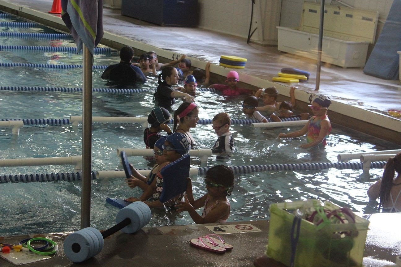 photo swimlessons5_zpsfdd75d76.jpg