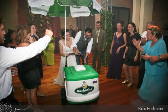 Carrinho de picolé em casamento, da Sorvetes Rochinha. Foto: Edu Federice.