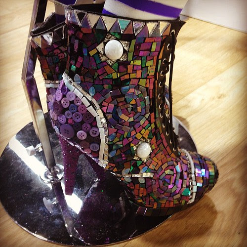 Mirrored Mosaic shoes by @tiffanywindsor and @heidiborchers! #chashow