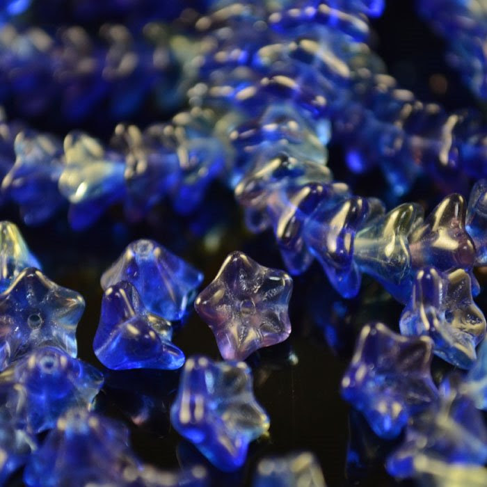 s35708 Glass Flowers - 9 x 5 mm Duckfoot Flowers - Gemstone Blend (1)