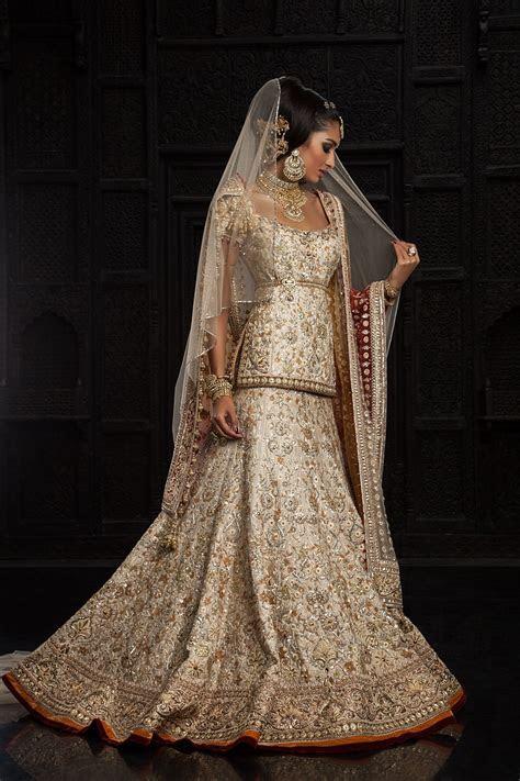 Veil! Tarun Tahiliani lengha www.thewedding hut.co.uk