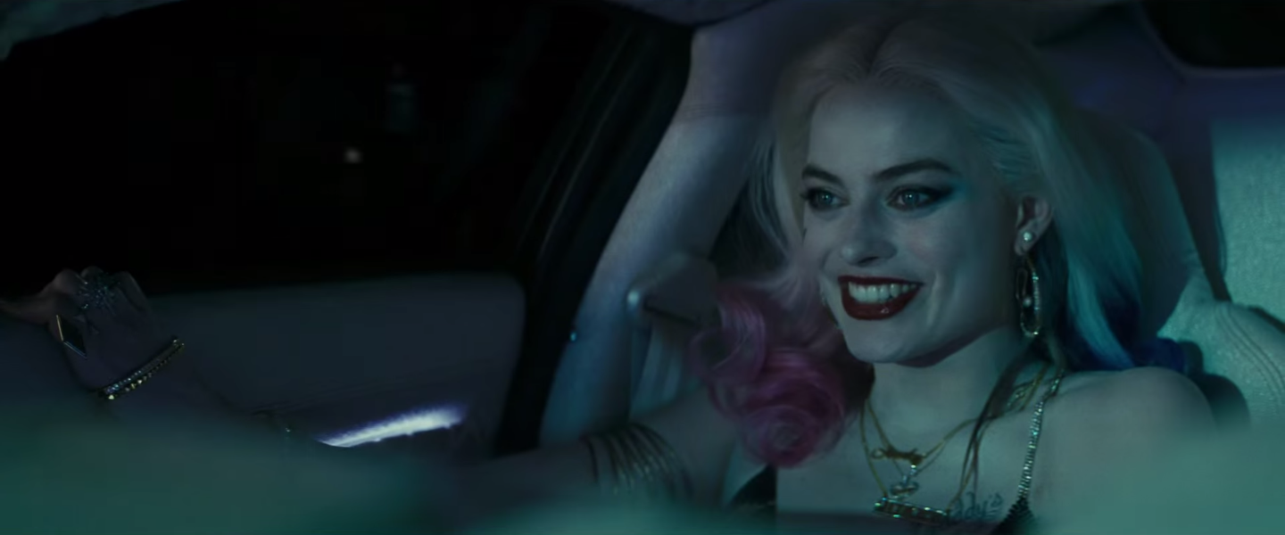 Suicide Squad Image Shows Harley Quinns Tattoo Skills Collider