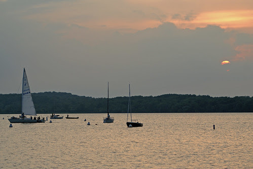 033 boats on Mendota, copy