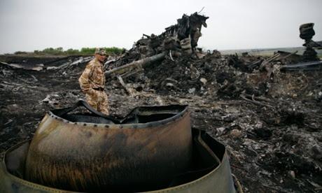 mh17 malaysia ukraine grabovo wreckage