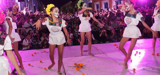 Llegan A La Calle 59 Hermosas Catrinas Crónica