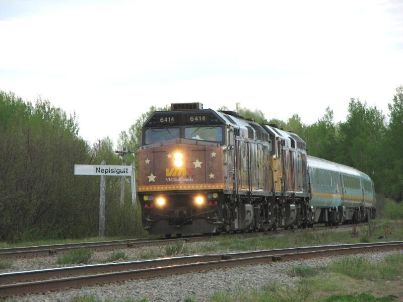 VIA 6414 at Nepisiguit