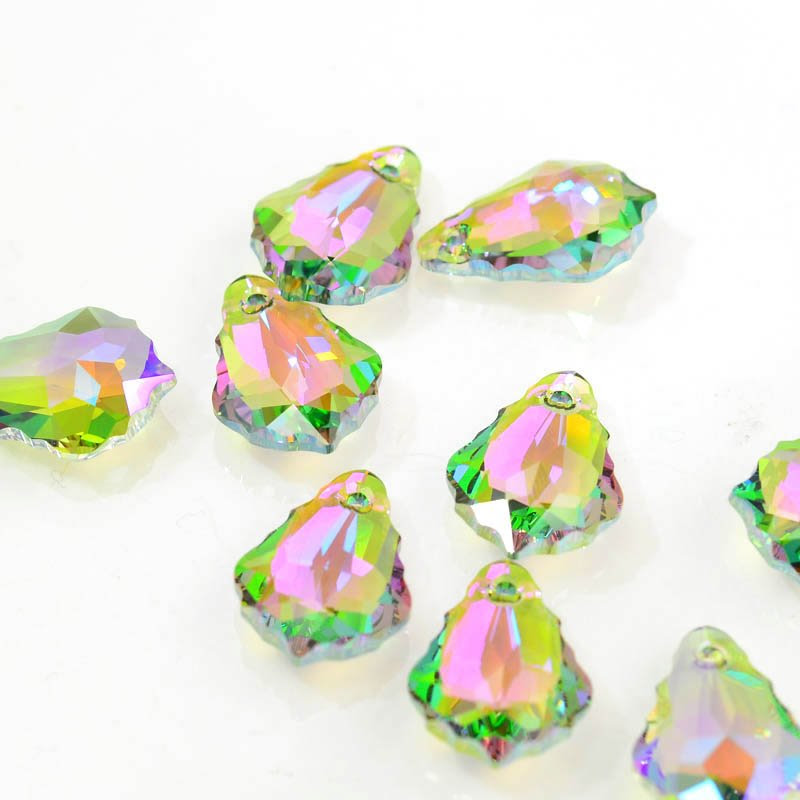 34760901002007 Swarovski Pendant - 16 x 11 mm Baroque Drop (6090) - Crystal Paradise Shine (1)