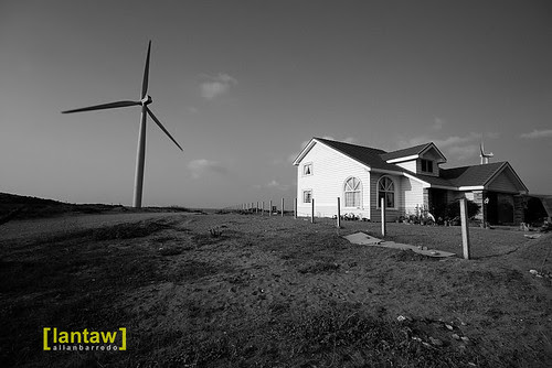 Windmill House Mono