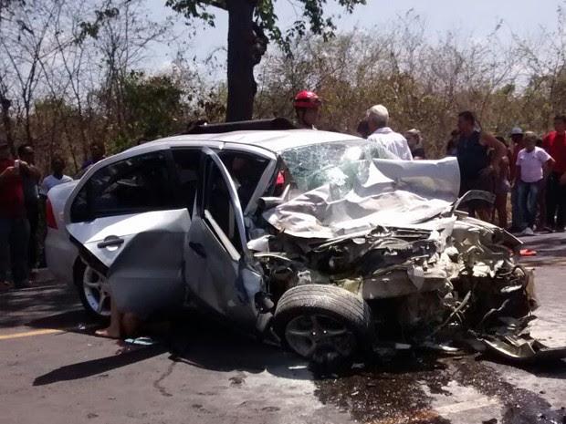 Três pessoas morreram em acidente na BR-316, no Maranhão (Foto: Divulgação/Corpo de Bombeiros Militar do Maranhão)
