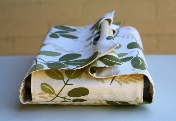 Leaf pattern casserole carrier - READY TO SHIP