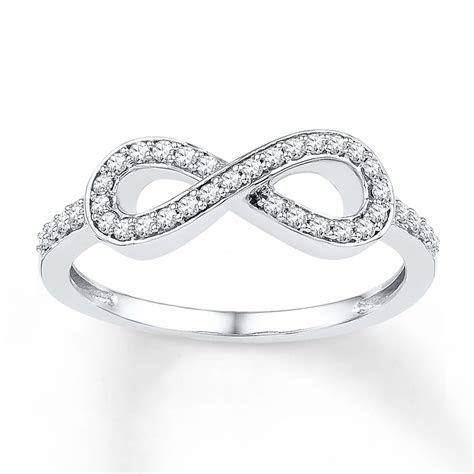 Diamond Infinity Ring 1/5 ct tw Round cut Sterling Silver