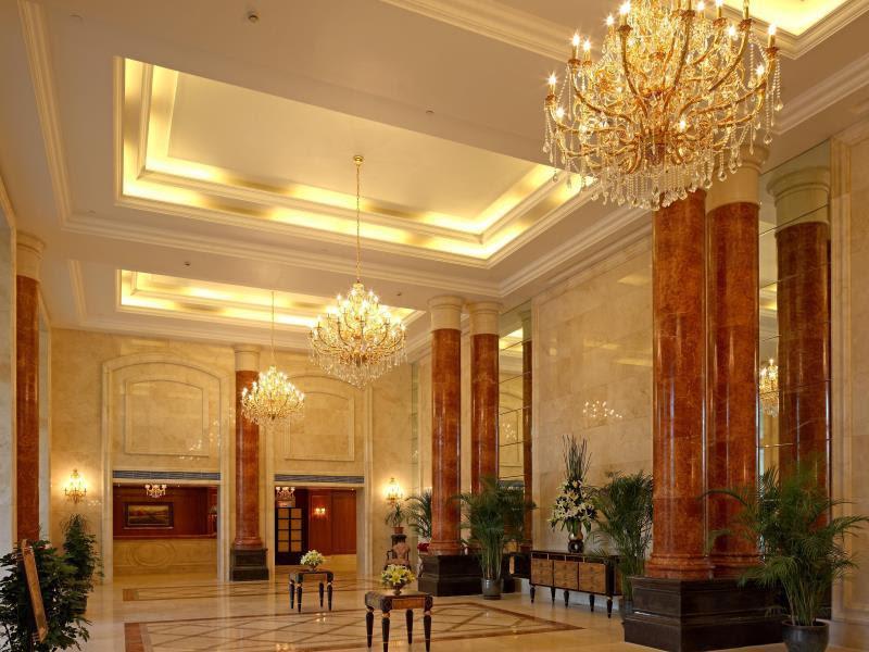 Review Alton Hotel