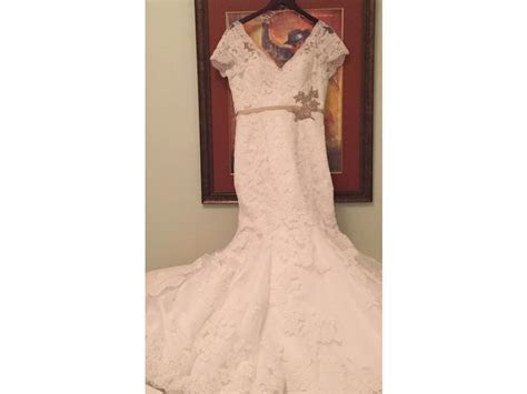 Maggie Sottero Veda, $399 Size: 12   Used Wedding Dresses