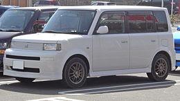 Toyota bB 2003 1.jpg