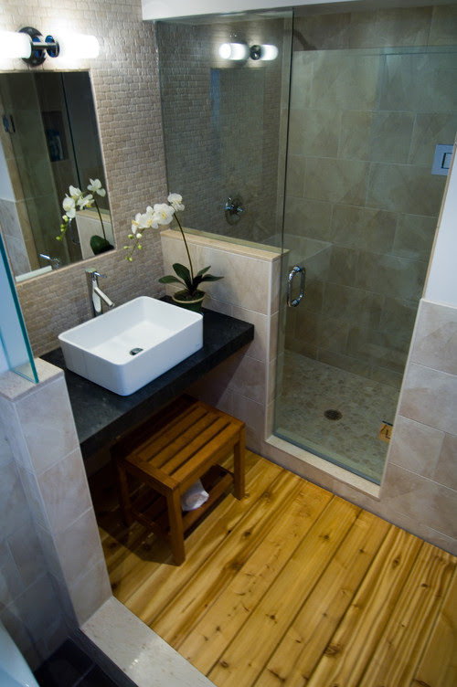 Japanese Modern asian bathroom