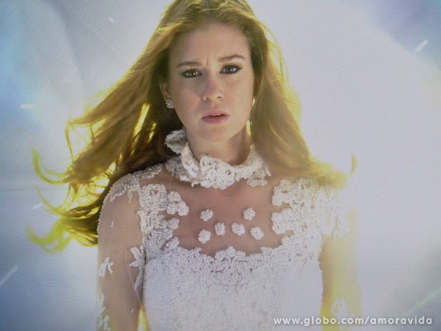 Nicole volta do túnel de luz (Foto: Amor à Vida / TV Globo)