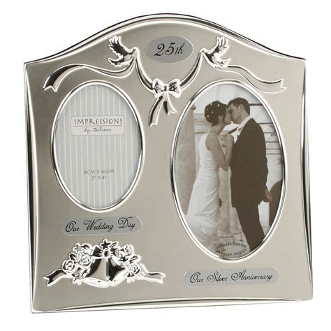 25th Year: Silver Wedding Anniversary Gifts for Parents