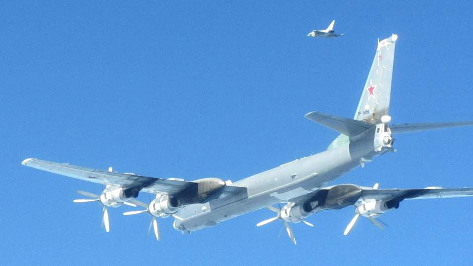 http://d.ibtimes.co.uk/en/full/1375666/russian-bombers-near-british-airspace.jpg?w=736&h=414&l=50&t=40
