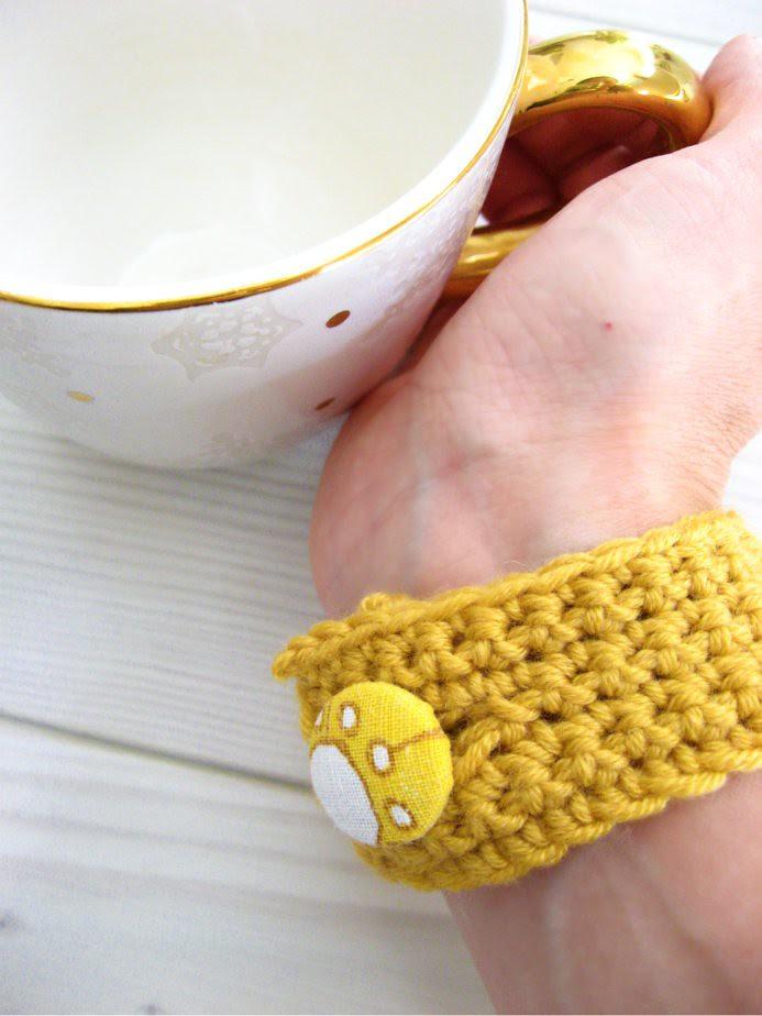 crocheted bracelet