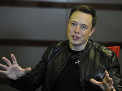Elon Musk Hair Transplant: Before and After Photos | FAMEWATCHER
