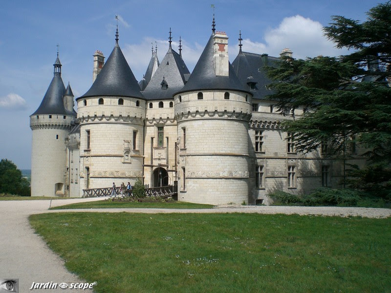 Replay Echappes Belles La Loire Des Jardins France 5