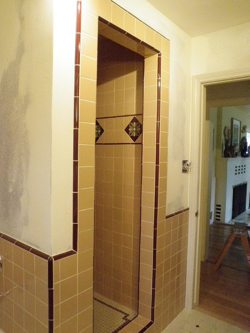 Need help with paint color for pink and cranberry tile ...