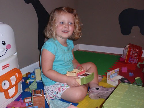 08.28.10 Zoe's 3rd Birthday (36)