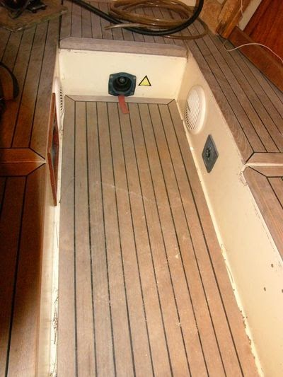 Boat Projects Heap Big Job Mate A New Cockpit Floor With