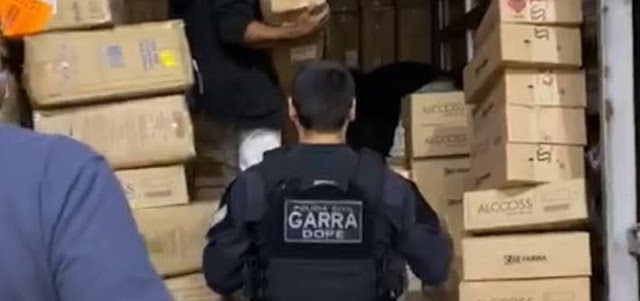 Polícia prende quadrilha por furto de 2 milhões de máscaras e 15 mil testes de coronavírus