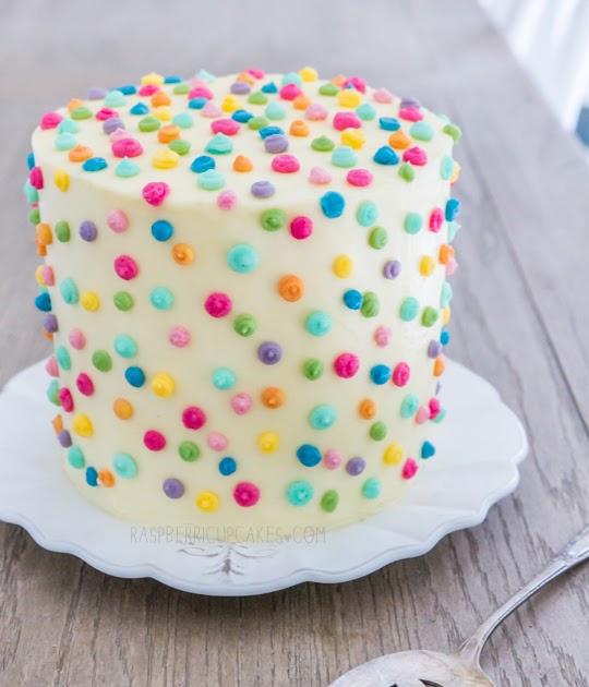 Icing A Giant Cupcake Cake