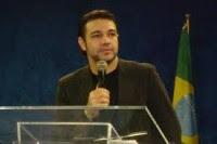 Na tribuna da Câmara deputado federal Marco Feliciano agradece apoio ao pastor Silas Malafaia em acusaçao de homofobia