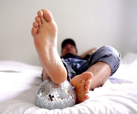 piesdehombres 480x400 Mascarilla casera para hidratar los pies