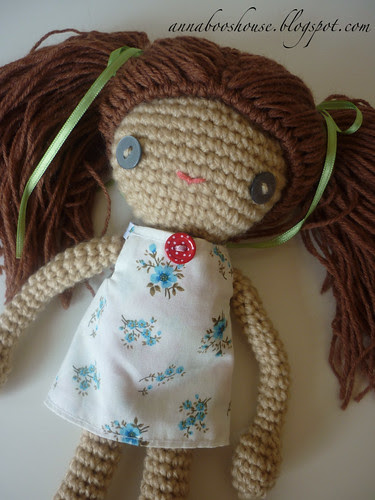 Crochet doll dressed!