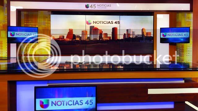 photo spanishTV_univision_kxln_set_1_zpskkbwqmyi.jpg