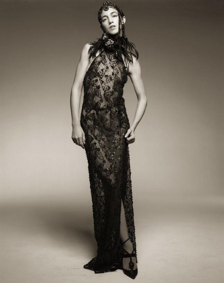 Charlotte_Gainsbourg-Satoshi_Saikusa-04.jpg