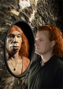 (Neanderthal reconstruction fact to face with a modern human; Credit: Knut Finstermeier)