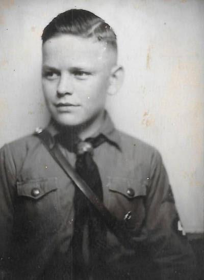 Frisur hitlerjugend Nazi Frisuren