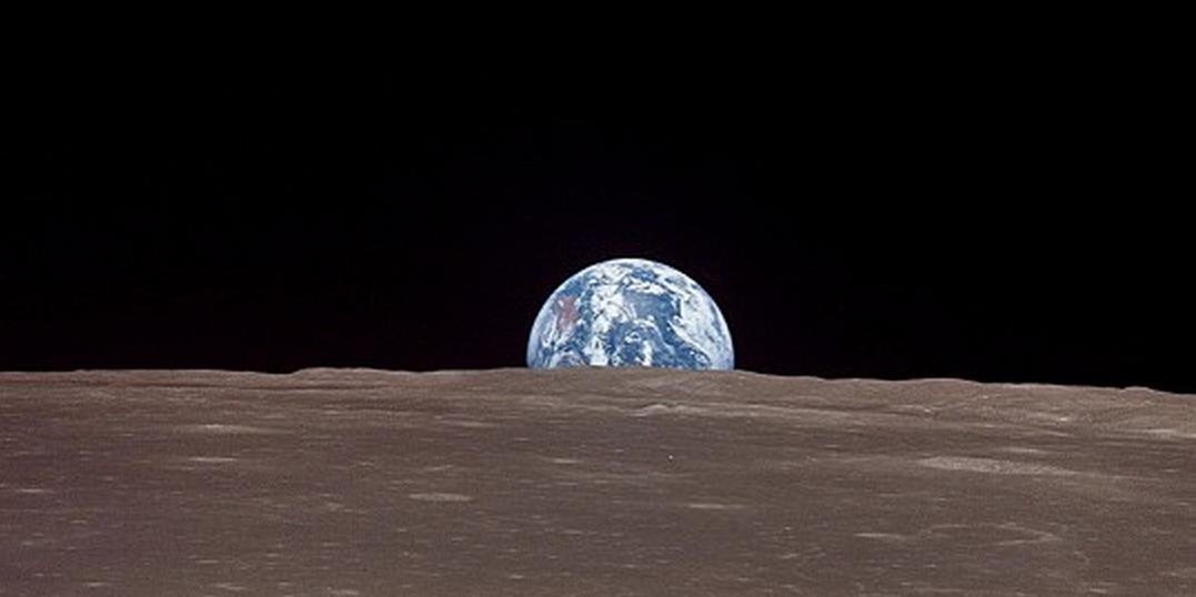 """Résultat de recherche d'images pour """"Stephen Hawking and world"""""""