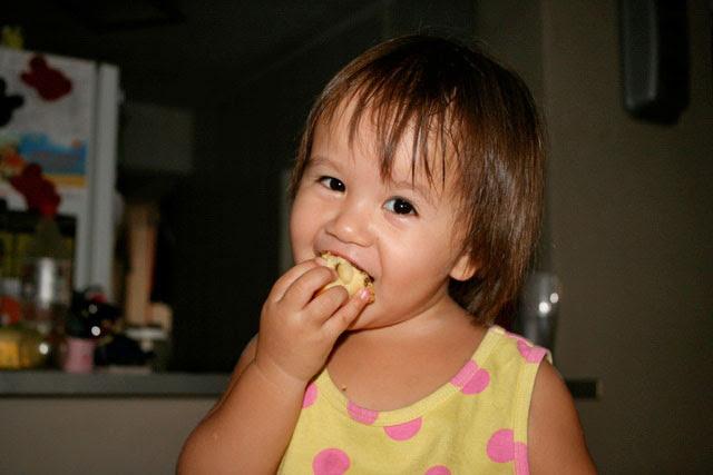 Jolie eating her first mooncake