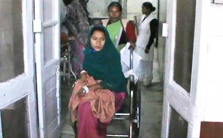 Крестьянка в Индии попробовала выносить сразу 10 детей. Но рекорд не удался...