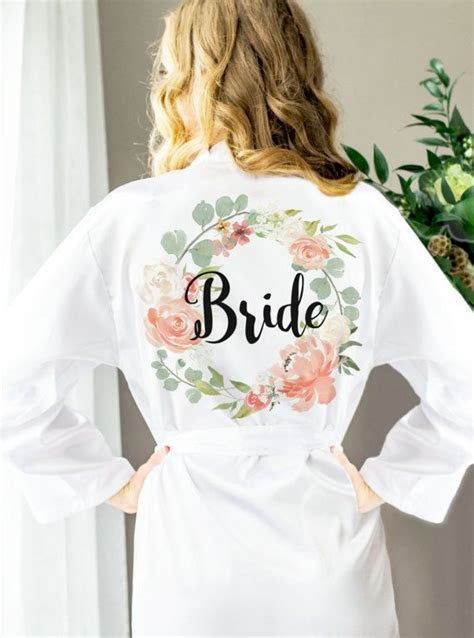 Best 25  Bridal party robes ideas on Pinterest   Bride