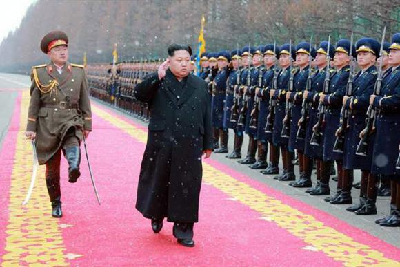 Kim Jong-un defende teste de bomba de hidrogênio/ KCNA/Divulgação/EPA/Agência Lusa