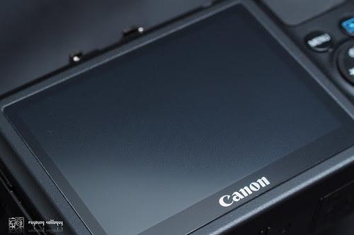 Canon_EOS_M_intro_09