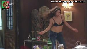 Aline Moraes sensual em varios trabalhos