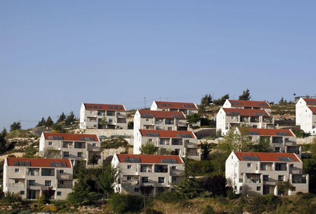 Airbnb vai excluir anúncios de imóveis na Judeia e Samaria