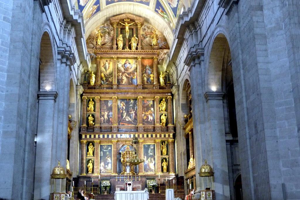 El sábado de boda en San Lorenzo del Escorial