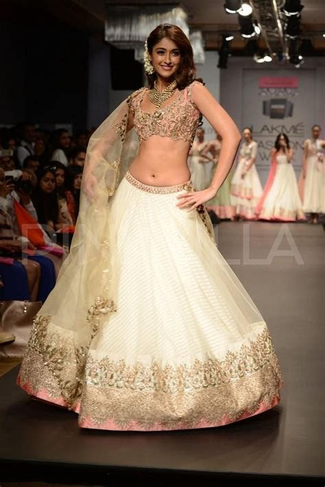 Our favorite 2014 Wedding Reception dresses   Bollywood