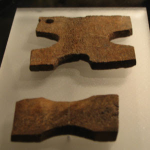 Viking age thread winders