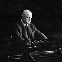 Sibelius al piano